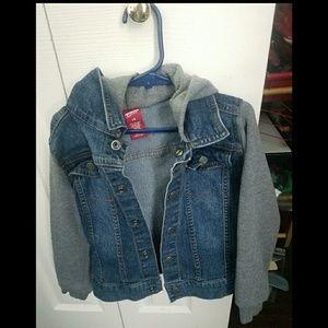 Size 6 boys jean jacket